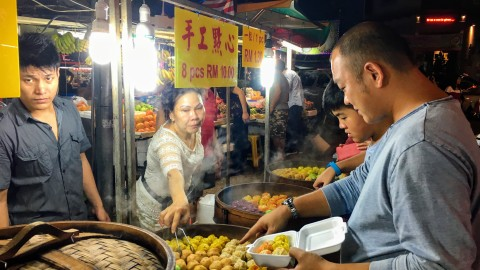 Food, food, and more delicious food – Jalan Alor
